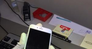 iPhone 6S öffnen Schraubendreher
